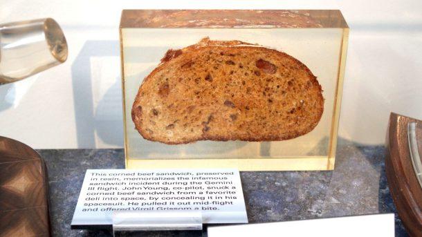 Raymong-Cunningham-Flickr-John-Young-Sandwich-Gemini-3-3-610x343